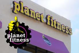 Planet Fitness Exterior